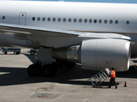 US Airways Plane Grounded After Hole Discovered in Fuselage