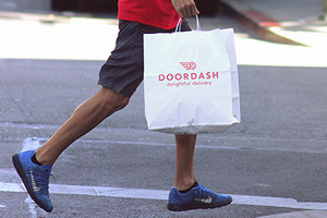 Consumers Bring DoorDash Lawsuit over Stolen Tips