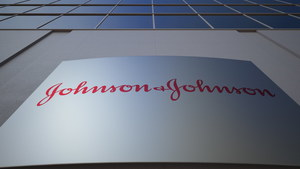 Asbestos Re-Surfaces in J&J Talcum Powder