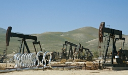 Study: People Who Live Near Fracking Sites More Likely to Report Health Problems