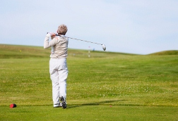 Metal-on-Metal Knee Replacement Raised Handicap, says Professional Golfer